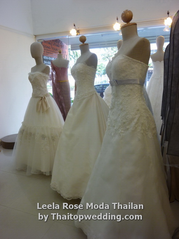 Thaitopwedding » thailand-wedding-dresses-2011-bangkok-5