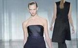 แฟชั่นเสื้อผ้าชุดทำงานสีดำ Calvin Klein ช่วง Fall & Winter