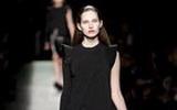 ชุดเดรสไปทำงานดำ Givenchy สุภาพสตรีอินเทรนด์ โดย Riccardo Tisci