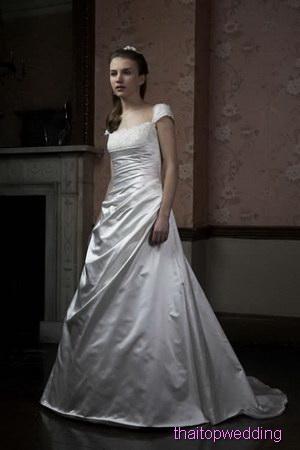 แฟชั่นชุดเจ้าสาว ไอเดียแบบชุดแต่งงาน สาวอ้วนมีสไตล์ แนวกลีบบัว
