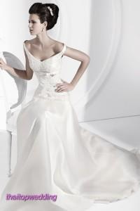 ชุดแต่งงานคอวี รุ่นไหล่ตก สวยๆก็ทำได้