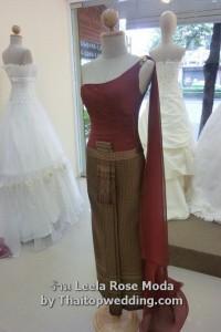 ชุดไทยแบบประยุกต์2011 ไหล่เดียว ผ้าทัฟฟีต้า และชีฟองงานเดรป