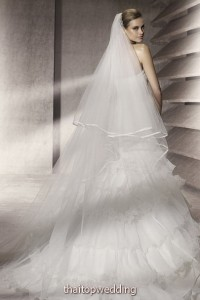 new-bridal-dress-dreams-2012-10