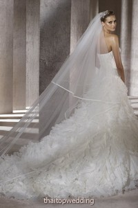 new-bridal-dress-dreams-2012-5