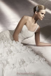 new-bridal-dress-dreams-2012-9