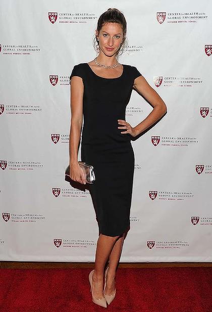 จีเซล บุนด์เช่น Gisele Bundchen ว่าที่ supermodel เศรษฐีพันล้านดอลล่าร์คนแรก