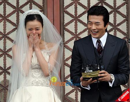 งานแต่งงาน Son Tae Young และ Kwon Sang Woo