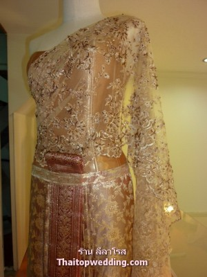 wedding-dress-journey-leela-rose-dress3