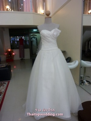 wedding-dress-leela-rose-dress-2011-pic23