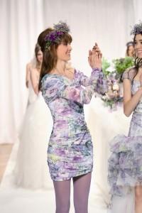 เดรสแต่งงาน 2012 แขนยาว แบบเดรป