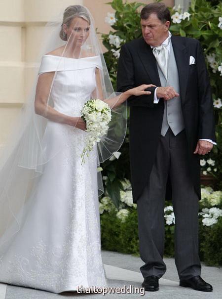 หา แบบสูทเจ้าบ่าว งานแต่งงาน ผู้ดีๆปีนี้