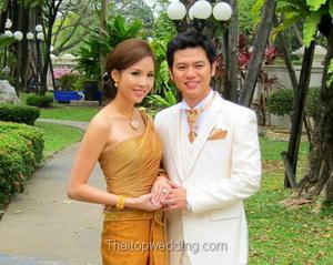 ชุดไทย แบบชุดไทยท๊อป