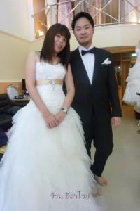 ชุดแต่งงาน ผ้าลูกไม้ และสูทเจ้าบ่าวคุณฝ้าย+คุณวิน