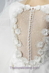 best_design_2013_bridal_dress-jesus_peiro