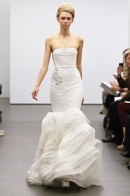 ชุดแต่งงาน 2013 Vera Wang แบบใหม่ รุ่นล่าสุด