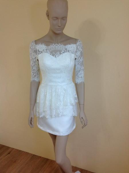 ชุดแต่งงาน แบบใหม่ ไทยๆ 2014 ร้าน Leela Rose