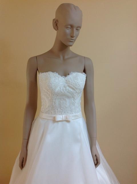leelarosemoda-wedding-dresses-sep-pic03
