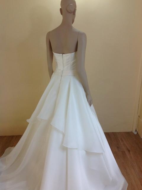 leelarosemoda-wedding-dresses-sep-pic05