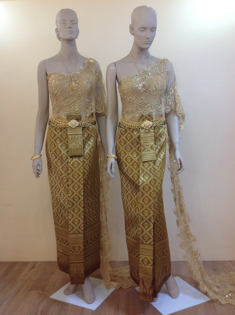 Traditional wedding dresses in Thailand