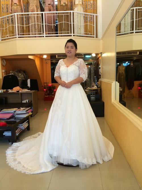 รูปชุดแต่งงาน ห้องลองโครงชุด คุณโบ๊ท