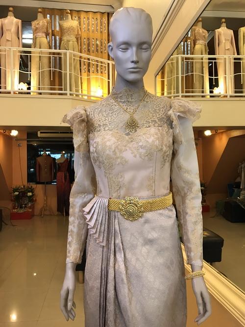 ชุดไทย มีแขน ชุดไทยประยุกต์แขนยาว มาใหม่